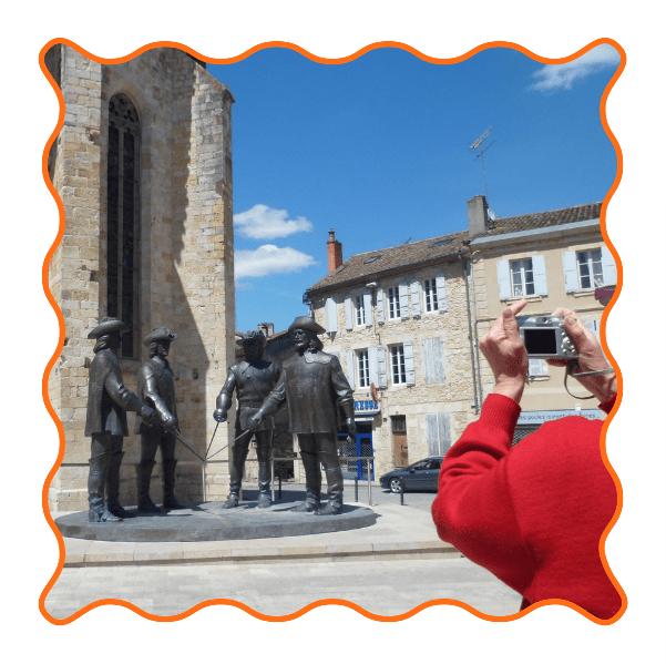 Condom D'artagnan Mousquetaire Famille 3