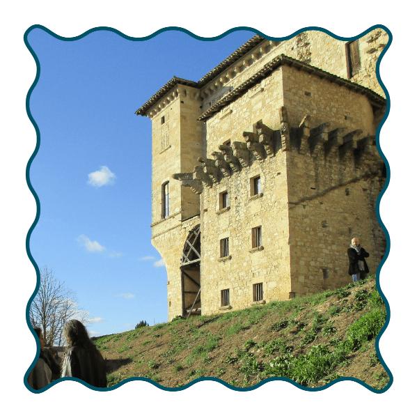 Lavardens Extérieur Chateau